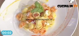 La Prova del Cuoco - Orecchiette con crema di peperone e crescenza ricetta Roberto Valbuzzi