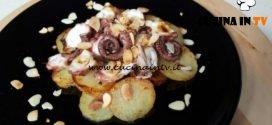 Cotto e mangiato - Polpo su patate morbide con scaglie di mandorle ricetta Tessa Gelisio