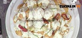 La Prova del Cuoco - Profiteroles goloso con fonduta di taleggio ricetta Andrea Mainardi