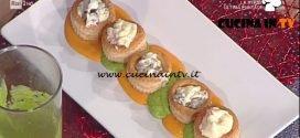 La Prova del Cuoco - Vol au vent al salmone su crema di piselli ricetta Cristian Bertol