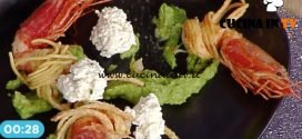 La Prova del Cuoco - Gamberi alle erbe su zuppetta di ceci ricetta Mauro Improta