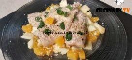 Cotto e mangiato - Filetti di sgombro con arancia e mela verde ricetta Tessa Gelisio