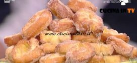 La Prova del Cuoco - Girelle fritte alle mele ricetta Natalia Cattelani