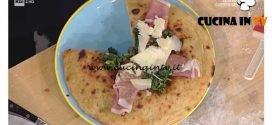 La Prova del Cuoco - Pizza chiena con torzelle e provolone piccante ricetta Gino Sorbillo