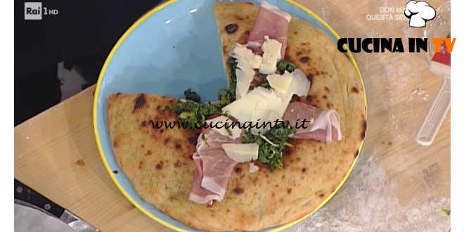 Prova del Cuoco | Pizza chiena con torzelle e provolone piccante ricetta Sorbillo