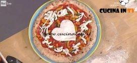 La Prova del Cuoco - Pizza fantasia di pomodorini con mozzarella e basilico ricetta Gino Sorbillo
