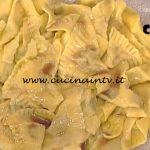 La Prova del Cuoco - Triangoli di carne con salsa ricetta Alessandra Spisni