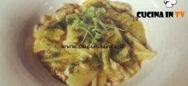 Cotto e mangiato - Pasta mista con frutti di mare curcuma e limone salato ricetta Tessa Gelisio