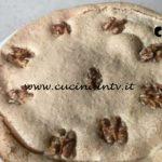 Cotto e mangiato - Torta della nonna alle noci ricetta Tessa Gelisio