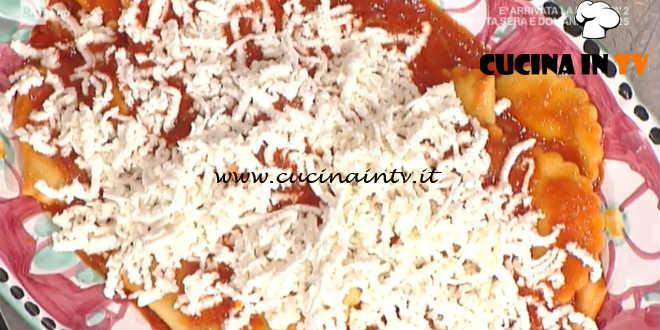 Prova del Cuoco | Tortelli di galletto con salsa di pomodoro e ricotta ricetta Persegani