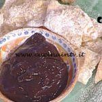 La Prova del Cuoco - Chiacchiere con il sanguinaccio ricetta Mauro Improta