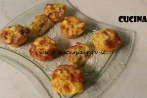 Cotto e Mangiato | Muffin con frittata di patate e scamorza ricetta Tessa Gelisio