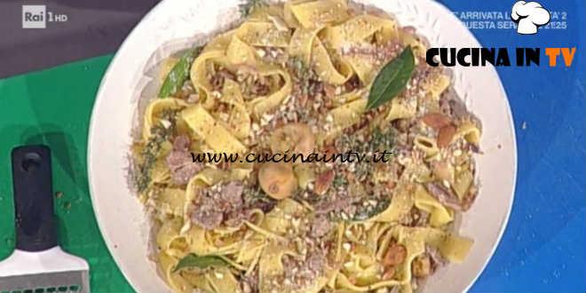 Prova del Cuoco   Pappardelle con petto d'anatra cipolle e fichi secchi ricetta Messeri