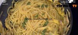 Prova del Cuoco | Spaghetti al pesto con carciofi e zafferano ricetta Silvestri