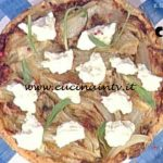La Prova del Cuoco - Tarte Tatin di finocchi pepe rosa e squacquerone ricetta Andrea Mainardi