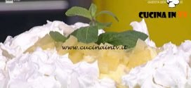 La Prova del Cuoco - Torta pavlova con ananas ricetta Anna Moroni