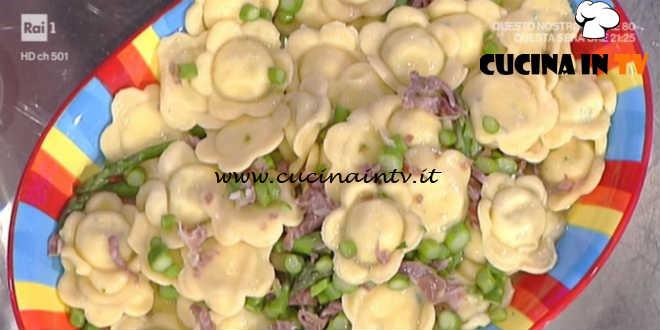 La Prova del Cuoco - Fiorelli di ricotta con salsa di asparagi ricetta Alessandra Spisni