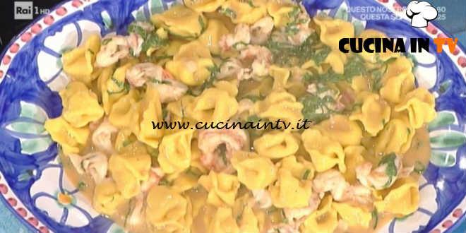 La Prova del Cuoco - Inganapuvrett in salsa di gamberi e rabarbaro ricetta Daniele Persegani