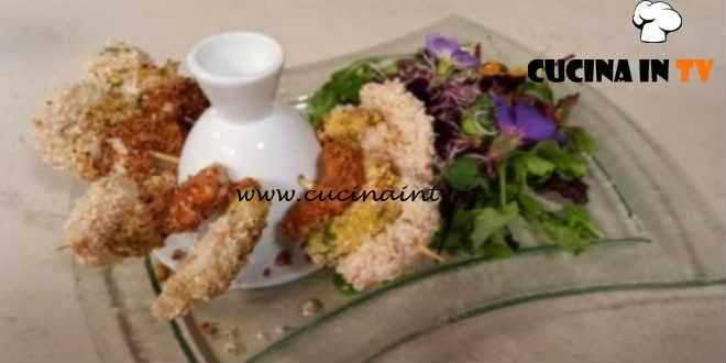 Cotto e mangiato - Spiedini di gamberi alle tre panature ricetta Tessa Gelisio