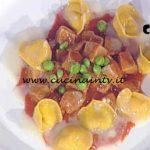 La Prova del Cuoco - Stracotto di tonno e piselli con tortelli al pecorino ricetta Gianfranco Pascucci