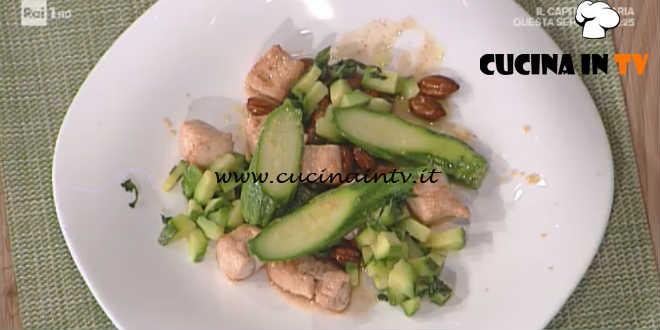 Prova del Cuoco | Bocconcini di tacchino con zucchine e mandorle ricetta Marretti