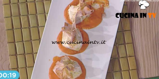 La Prova del Cuoco - Fagottino di fagiolini e ricotta con coulis di pomodoro ricetta Cristian Bertol