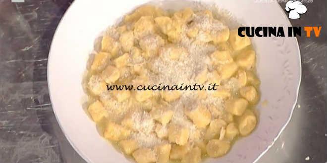 Prova del Cuoco | Gnocchi di carote con burro salato e mandorle ricetta Persegani