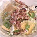 La Prova del Cuoco - Insalata di pollo con bacon e salsa allo yogurt ricetta Francesca Marsetti