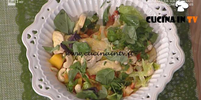 Prova del Cuoco | Insalata di pollo fritto con papaia speziata ricetta Valbuzzi