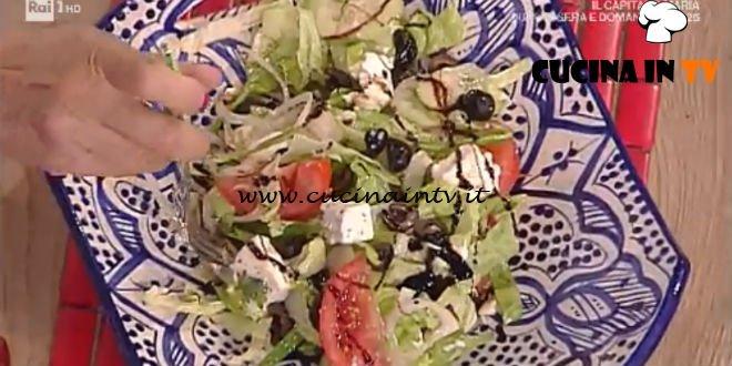 La Prova del Cuoco - Insalata greca con feta arrostita e friggitelli ricetta Mauro Improta
