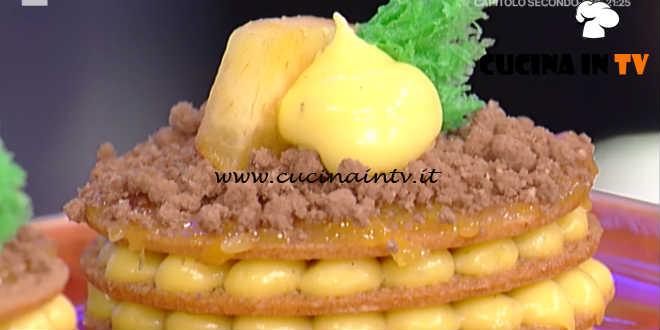 Prova del Cuoco | Millefrolle alle pesche gialle e crema pasticcera ricetta De Riso