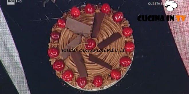 Prova del Cuoco | Torta cioccolato e ciliegie ricetta Castagna