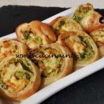 Cotto e mangiato - Girelle vegetariane con zucchine e brie ricetta Tessa Gelisio