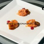 Masterchef Italia 7 - ricetta Il salmone a cui piaceva l'agro il dolce e il croccante di Francesco Rozza