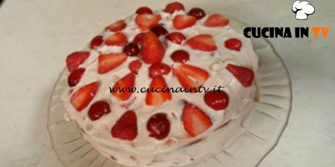Cotto e mangiato - Torta di ricotta e frutta ricetta Tessa Gelisio