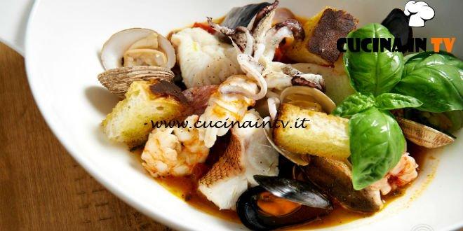 Masterchef 7 | Gran zuppa di pesce al vapore ai profumi mediterranei ricetta Bruno Barbieri