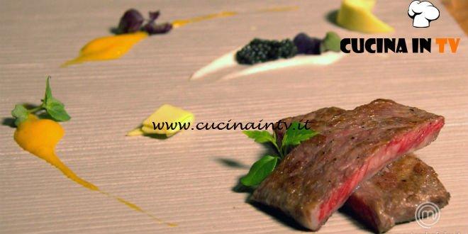 Masterchef 7 | Kobe con salsa ai frutti esotici caviale e crema di scalogno ricetta Valerio Braschi