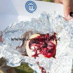 Masterchef Italia 7 - ricetta Mele al cartoccio con crema di ricotta e salsa ai mirtilli di Ludovica Starita