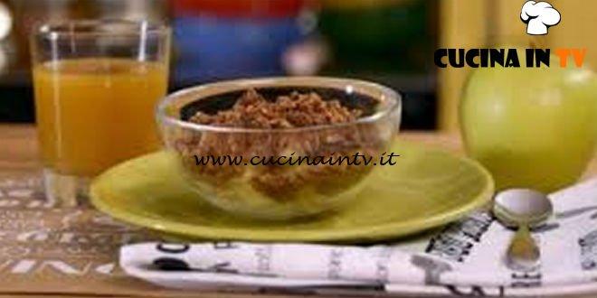 La mia cucina delle emozioni - ricetta Dadolata di mele con crumble al cacao e nocciole di Marco Bianchi