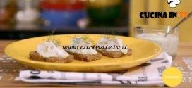 La mia cucina delle emozioni - ricetta Merluzzo con salsa tzatzichi su pane alla segale di Marco Bianchi