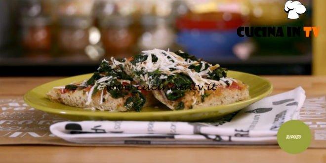 La mia cucina delle emozioni - ricetta Pizza spinaci e acciughe di Marco Bianchi