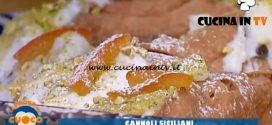 La Prova del Cuoco - ricetta Cannoli siciliani di Natale Giunta