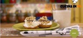 La mia cucina delle emozioni - ricetta Frullato con panini di ricotta e noci di Marco Bianchi