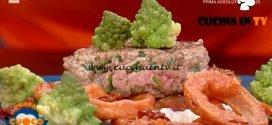 La Prova del Cuoco - ricetta Hamburger su spuma di burrata e acciughe con broccolo e cipolla fritta di Emilio Signori