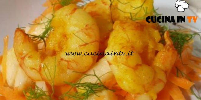 Cotto e mangiato - Insalata di gamberi alla curcuma ricetta Tessa Gelisio