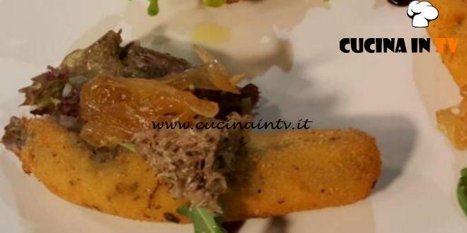 Cotto e mangiato - Sardoncini panati pecorino origano e cipolla al miele ricetta Tessa Gelisio
