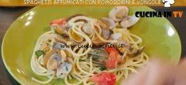 Ricette all'italiana - ricetta Spaghetti affumicati con pomodorini e vongole di Anna Moroni