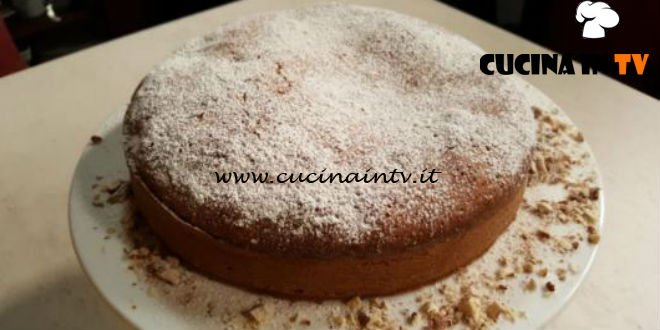 Cotto e mangiato - Torta morbida alla crema ricetta Tessa Gelisio
