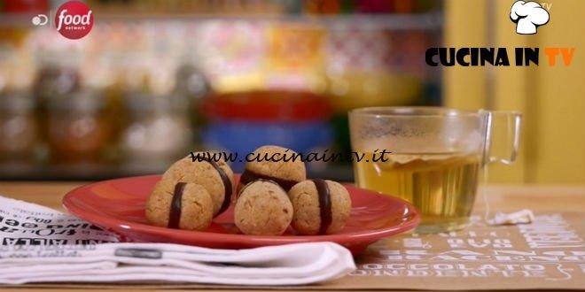 La mia cucina delle emozioni | Biscotti baci della buonanotte ricetta Marco Bianchi