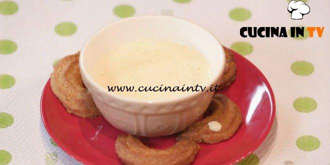 Ricette all'italiana | Biscotti krumiri ricetta Anna Moroni